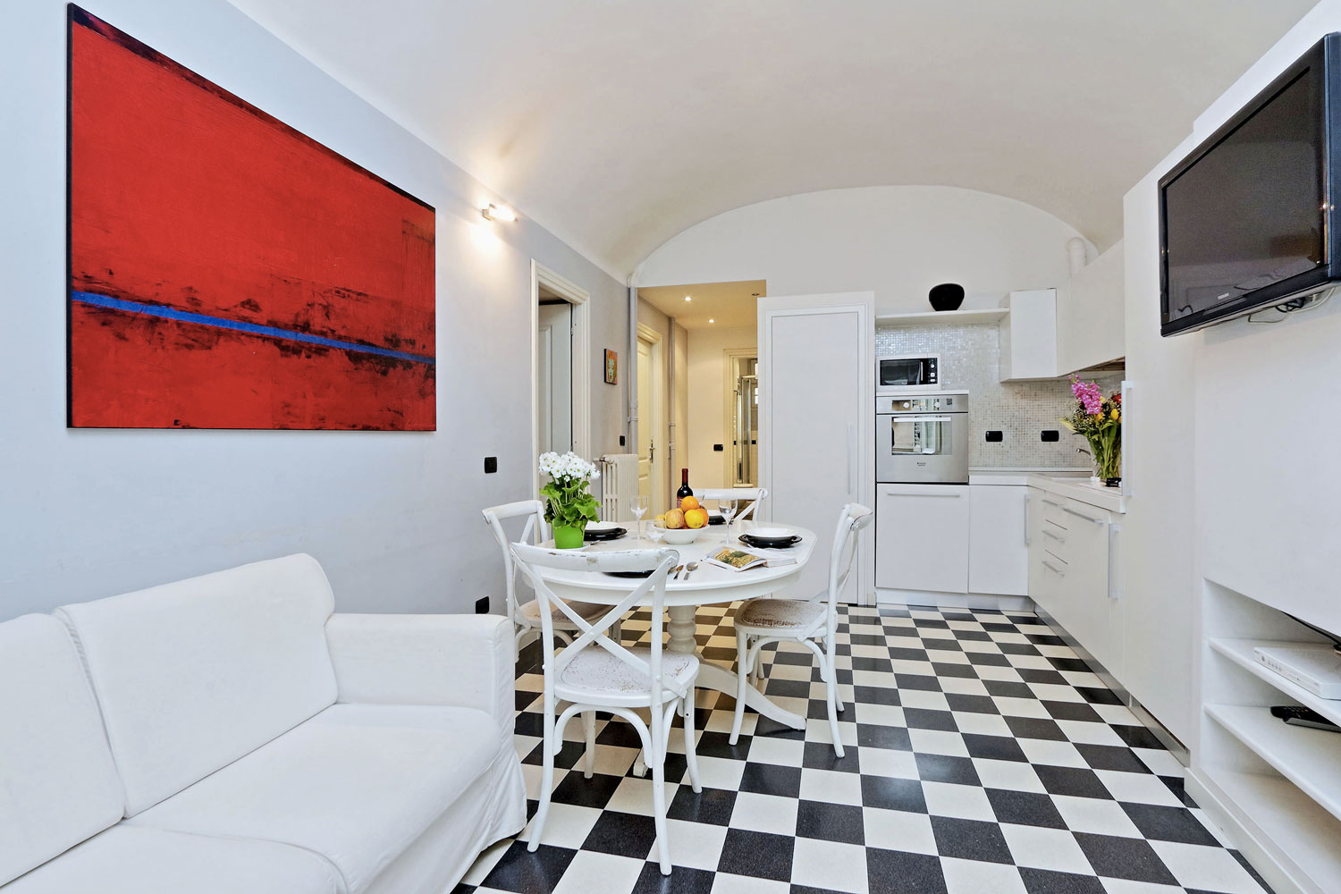 Rome Apartment Rental close to Colosseum