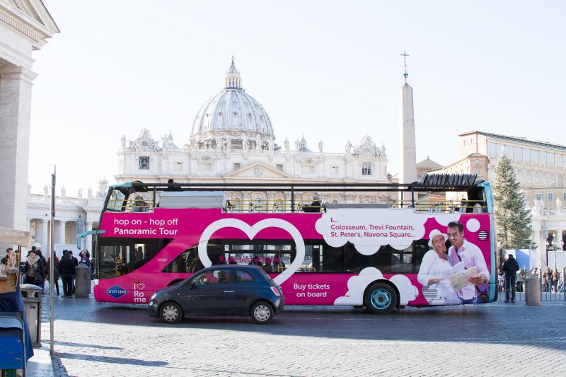 hop on hop off rome panoramic bus tour monuments