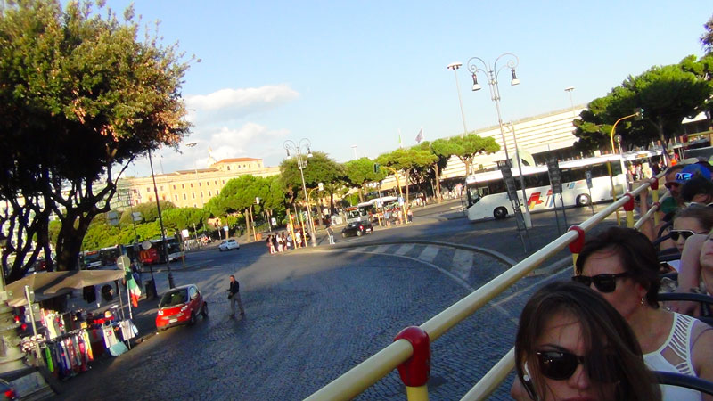 hop on hop off rome panoramic bus tour