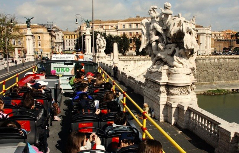 hop on hop off rome panoramic tour on board