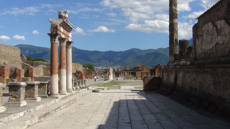 pompeii and its ruins guided tour